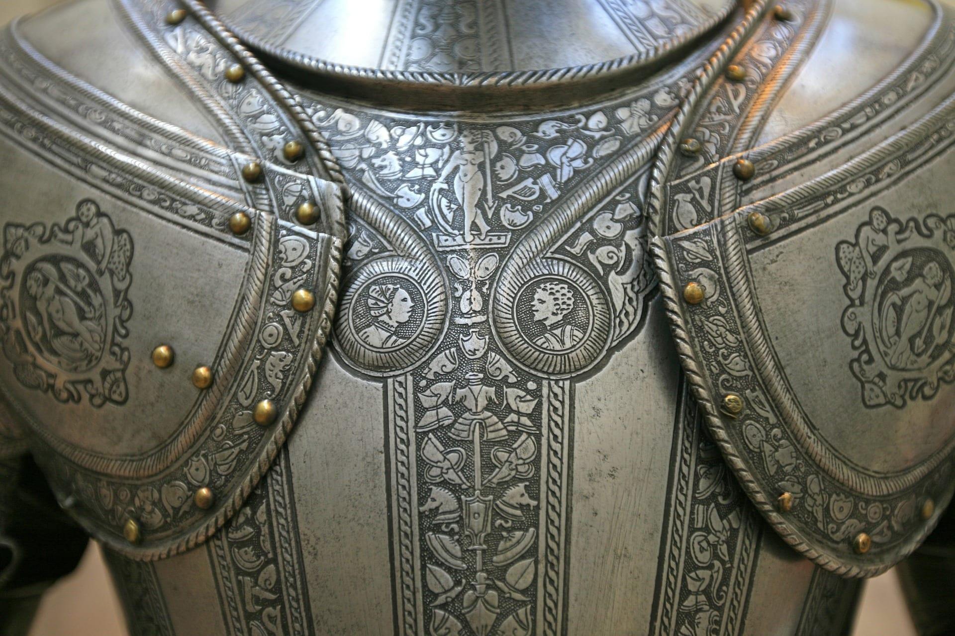 knights-armor-142694_1920